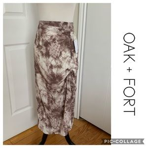 OAK + FORT NEW Skirt With Tags Size Medium Long